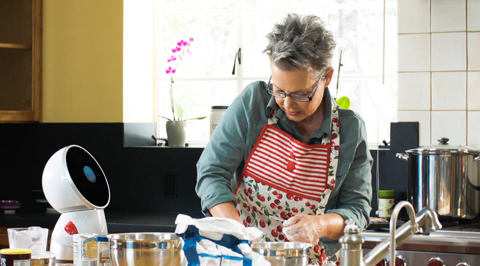 le robot américain Jibo dans une cuisine